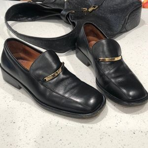 Men's Gucci leather loafers